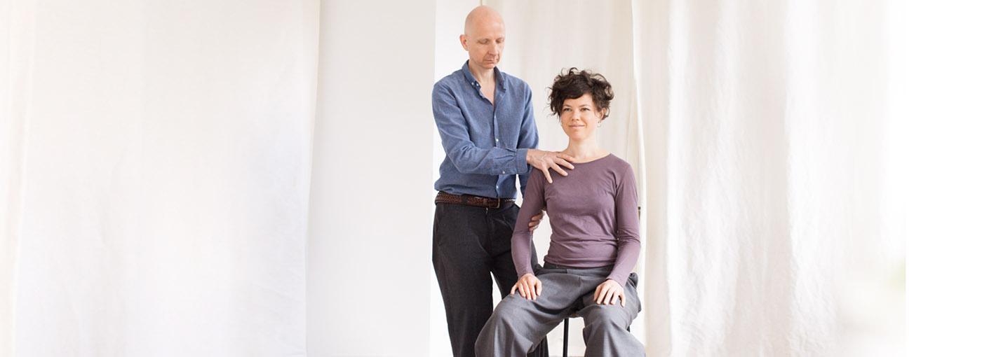 Ralf Hiemisch gibt Alexandertechnik Einzelstunden und Kurse in Berlin Mitte und freut sich auf deinen Besuch.